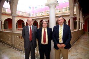 Redactores comunicado Simposio sobre tecnologías termosolaes de concentración Julian Blanco Valeriano Ruiz y Luis Crespo